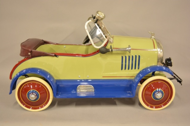 1930's American National Cadillac Pedal Car